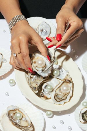 Oyster a Pearls No 01 by 1x