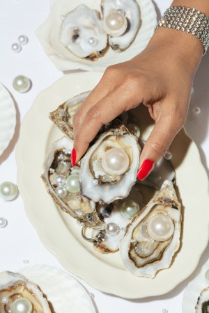 Oysters a Pearls No 02 by 1x