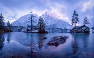 The Frozen Mountain by 1x