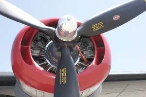 Propeller B-25 by Wallshazam