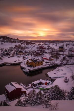 Quidi Vidi winter sunset by Alex Bihlo