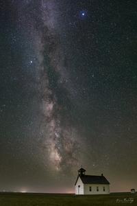 Abbott Church Milky Way by Kai Huang