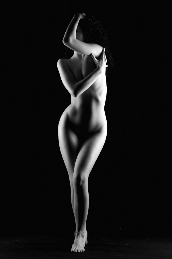 nude_sexy_bodyscape_woman by Alessandrodellatorre