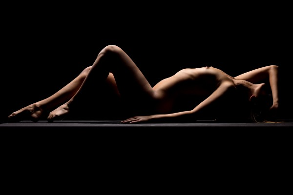 Nude_bodyscape_young_woman_laying_sensual_naked_black_09 by Alessandrodellatorre