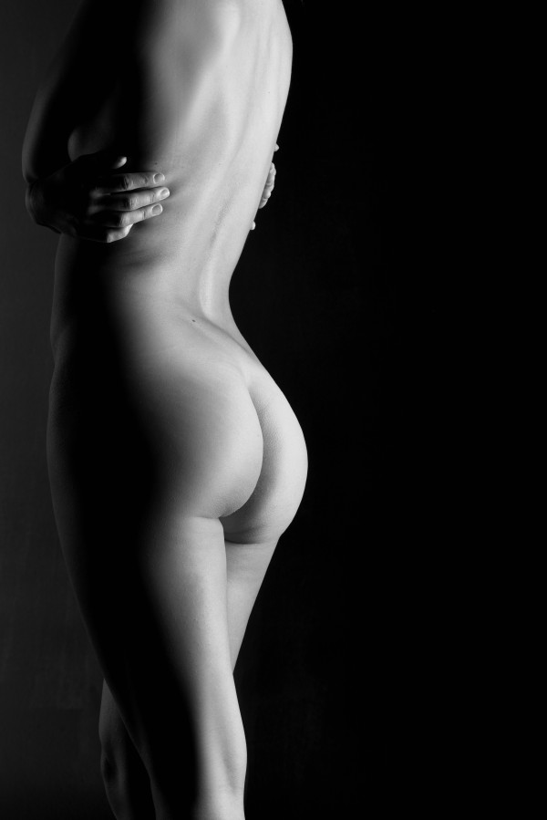 nude_bodyscape_attractive_adult_woman by Alessandrodellatorre