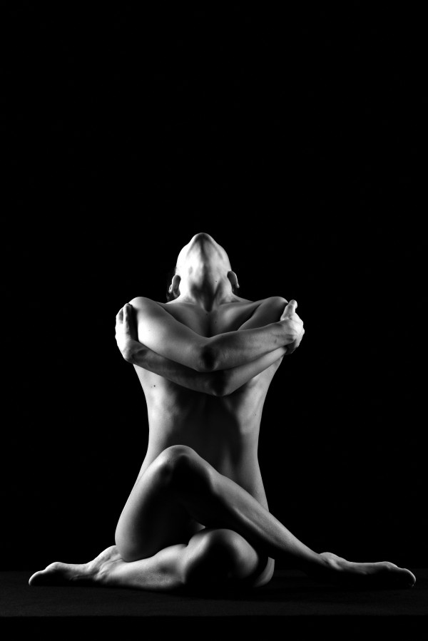 black and white sitting bodyscape of sensual nude woman naked by Alessandrodellatorre