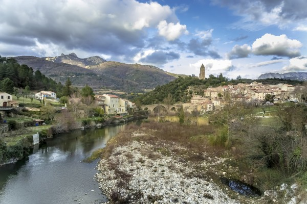 Olargues  by Alle Christian