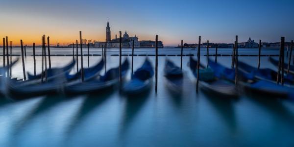 Gondola by Anke Butawitsch