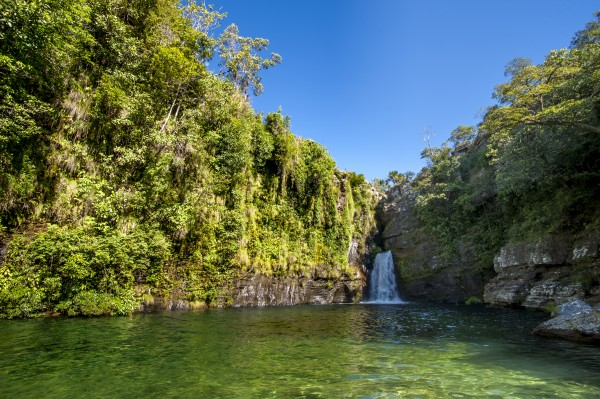 Emerald waters by Augusto Miranda