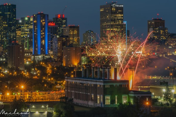 YEG_Fireworks_DSC_9297 by Brian Macleod