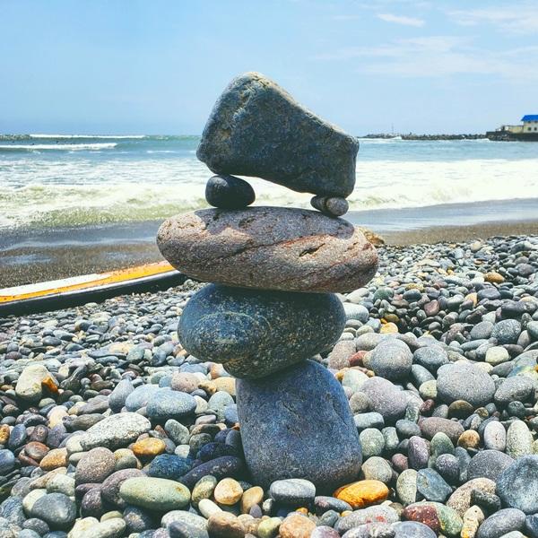 Balancing rocks lima by Chang Dynasty 87