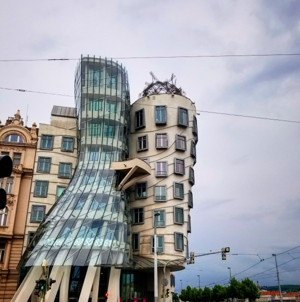 The Dancing House by Chang Dynasty 87