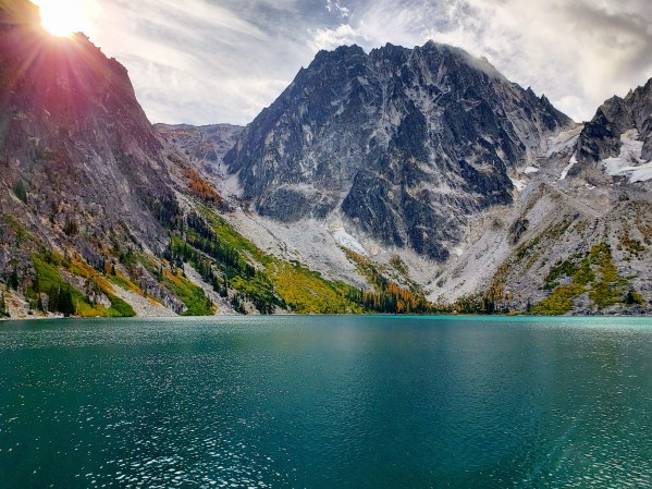 Colchuck lake by Chang Dynasty 87
