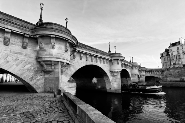 Pont Neuf by Hassan Bensliman