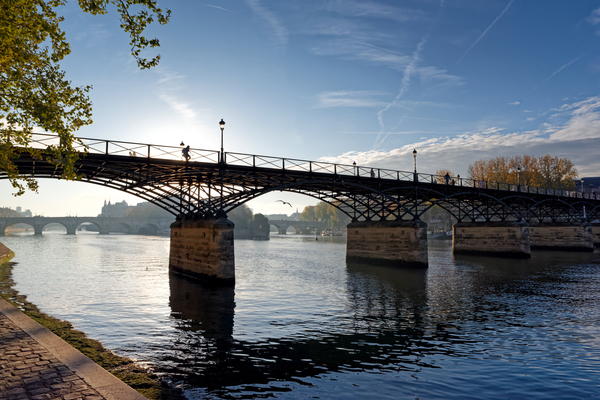 Pont des Arts bridge by Hassan Bensliman
