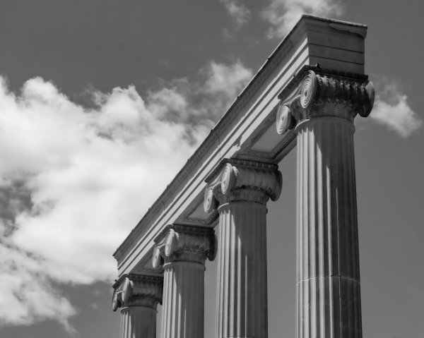 KIng West Columns by MumbleFoot