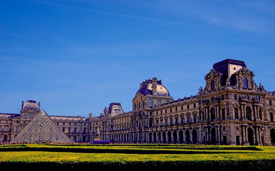 The Louvre Paris 1st Arrondissement Paris  Print