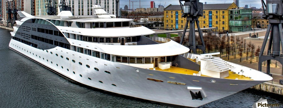 Cruise ship - Super Panoramic  Print