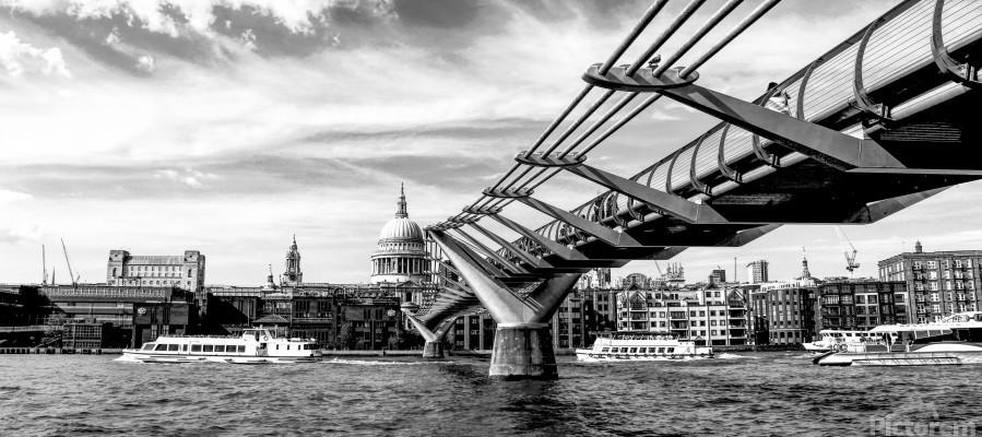 River Thames - London city skyline  Print