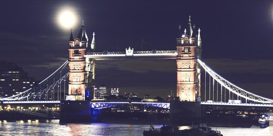 London by Night  Print