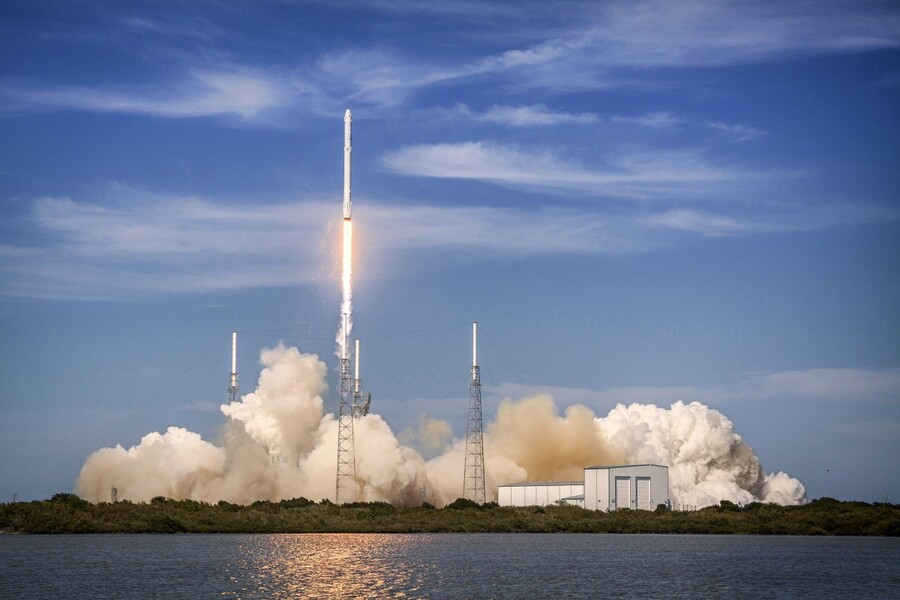 Falcon 9 Lifts Off from Space Launch Complex 40  Print