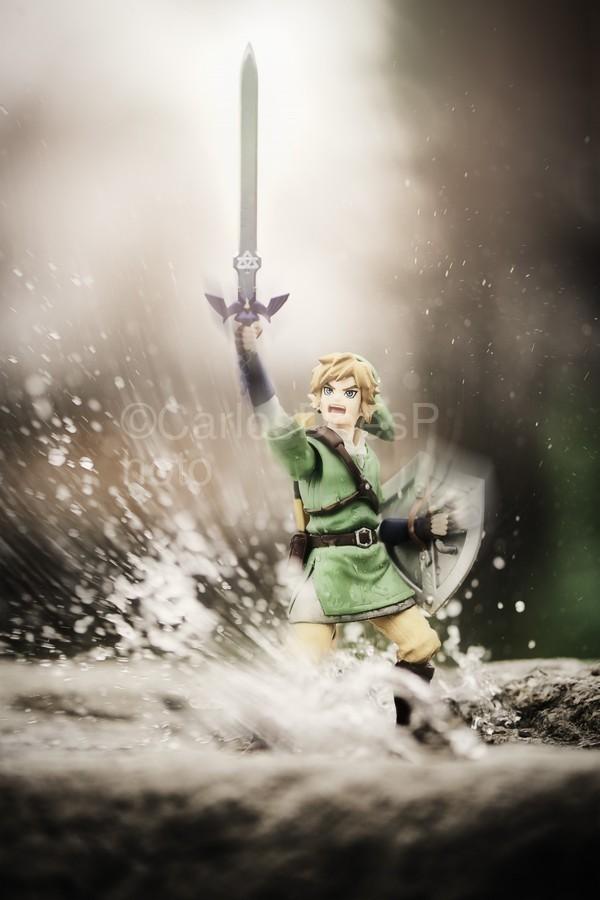 Legend of Zelda - Link in Splash  Print