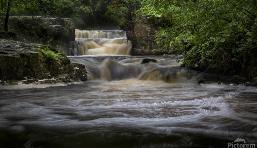 Rushing water at Horseshoe falls  Print