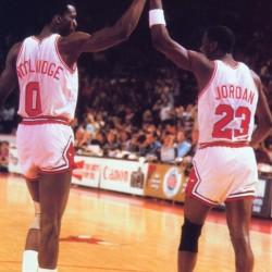 1985 Chicago Bulls Michael Jordan High 5