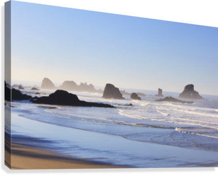 Tide At Indian Beach; Oregon, United States Of America  Canvas Print