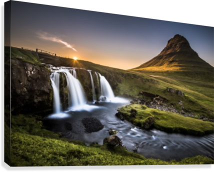 Fairy-Tale Countryside in Iceland  Impression sur toile