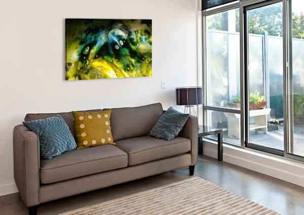 1538656708090 DOAN MAY  Canvas Print