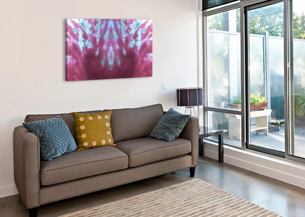1541275935009 DOAN MAY  Canvas Print