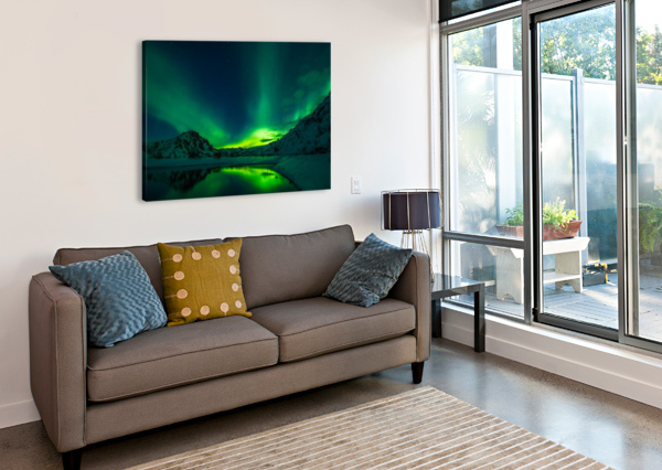 ICELAND AURORA BOREALIS SHAMUDY  Canvas Print