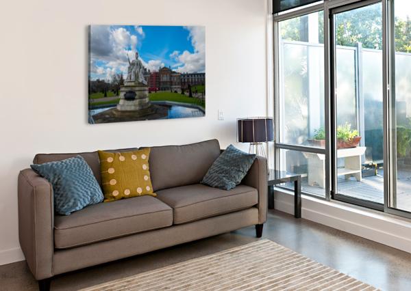 QUEEN VICTORIA STATUE BUNNOFFEE PHOTOGRAPHY  Canvas Print