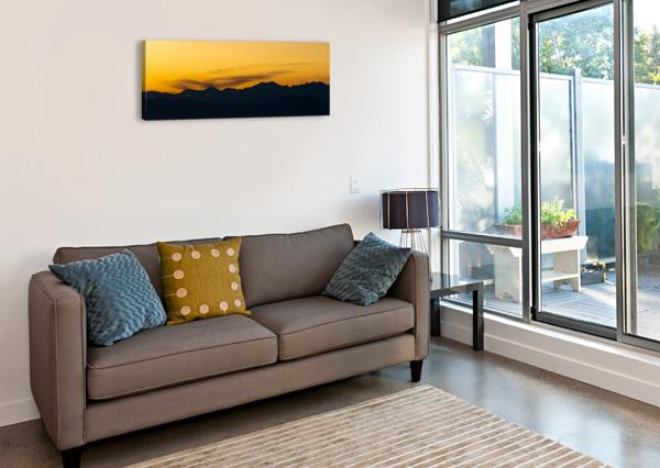 AURORA WESTWARD 1 DAVE THERRIEN  Canvas Print