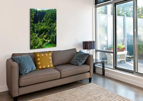 WATERFALL GEMMA STONE   Canvas Print