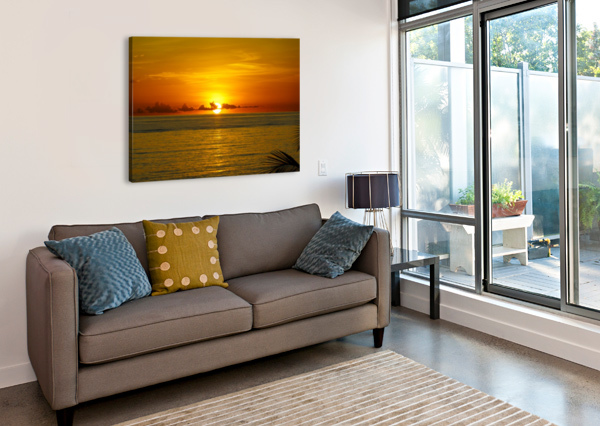 SUN RISING ON THE OCEAN TOMMIKEE  Canvas Print