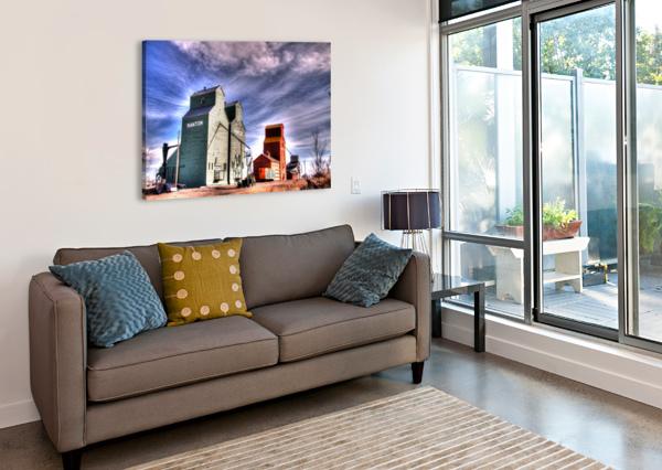 GRAIN ELEVATORS IN NANTON ALBERTA MIKE GOULD PHOTOSCAPES  Canvas Print