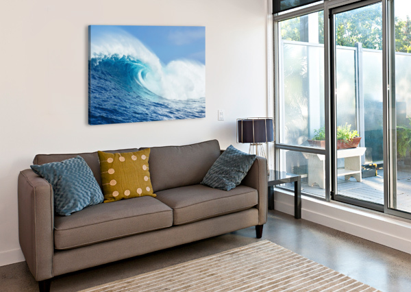 A LARGE OCEAN WAVE BREAKS AT THE BIG WAVE SPOT KNOW AS JAWS OR PEAHI; MAUI, HAWAII, UNITED STATES OF AMERICA PACIFICSTOCK  Canvas Print
