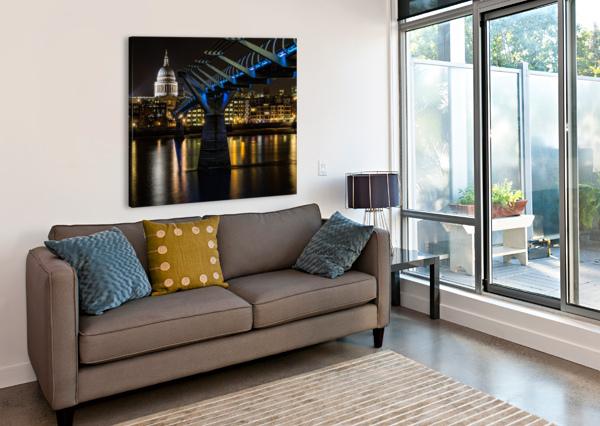MILLENIUM BRIDGE, LONDON KEITH TRUMAN  Canvas Print