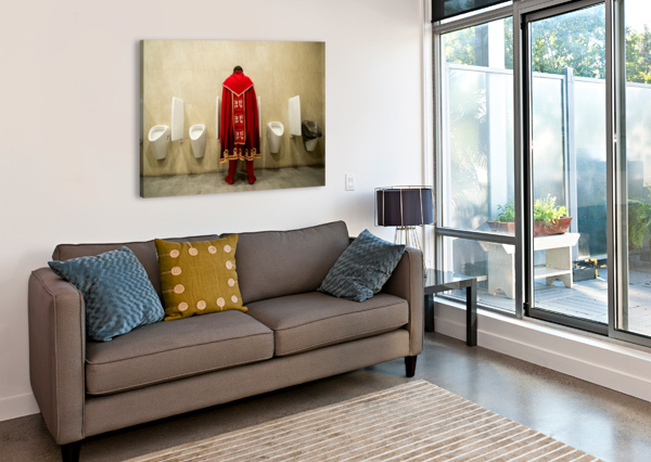 IT'S GOOD TO BE KING! 1X  Canvas Print
