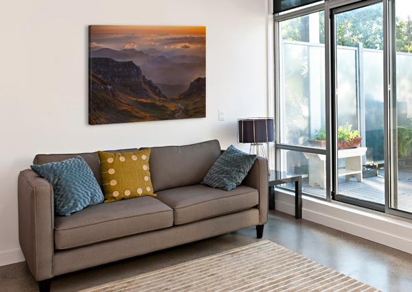 VANTAGE POINT 1X  Canvas Print