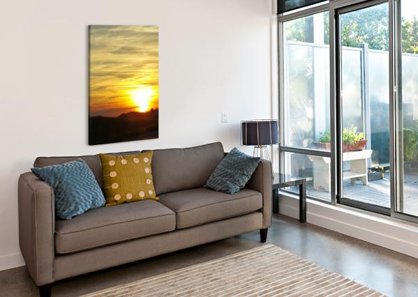 VANISHING SUN M-S-B  Canvas Print