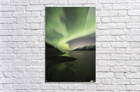 Aurora Borealis dancing above the Chugach Mountains and Turnagain Arm, Kenai Peninsula, Southcentral, Alaska  Impression acrylique