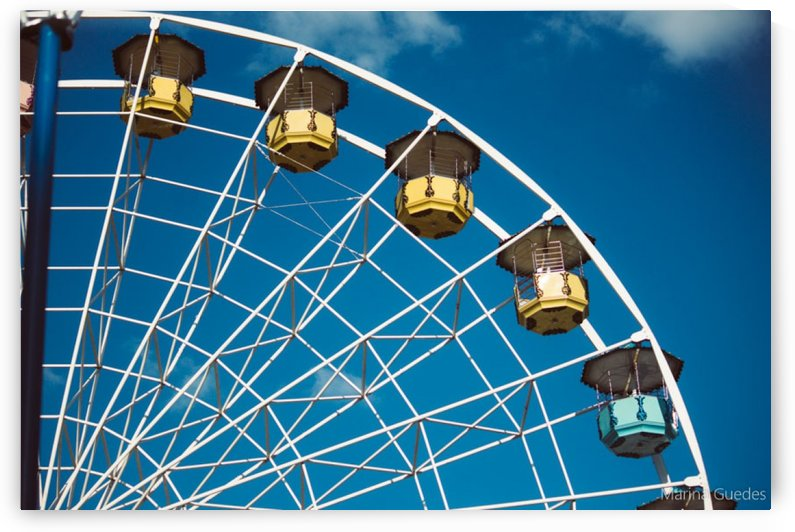Ferris wheel by Marina Guedes