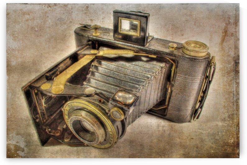 Vintage camera by Denis Brien