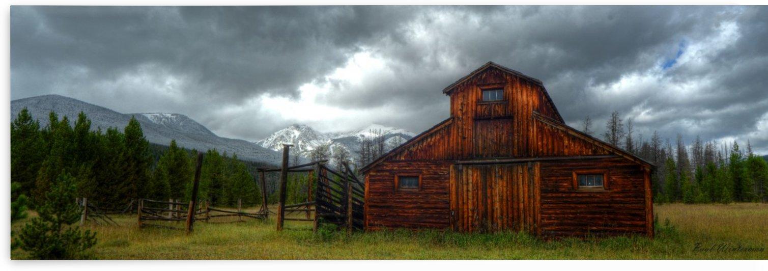 Rocky Mountain Barn by Paul Winterman