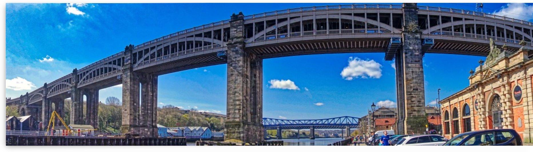 Newcastle railway bridge by Andy Jamieson