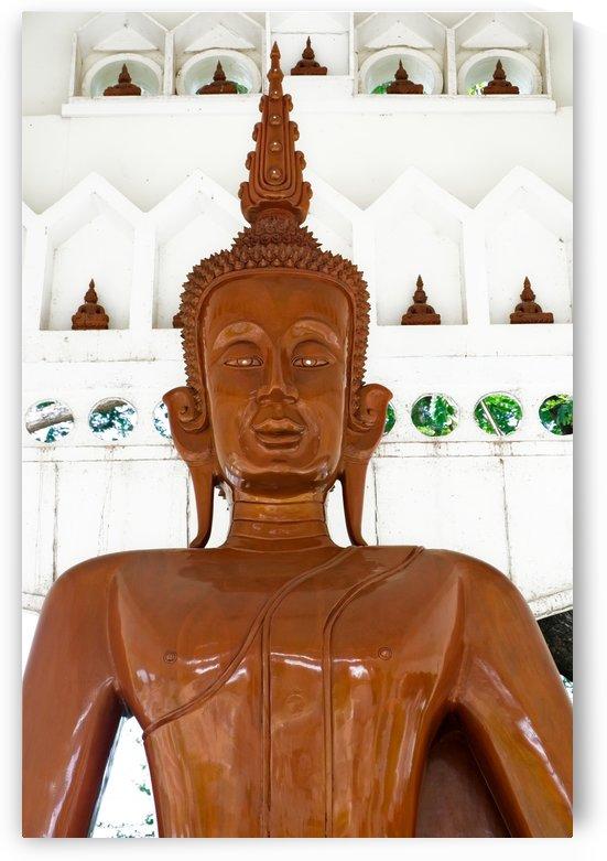 Wooden buddha by Krit of Studio OMG