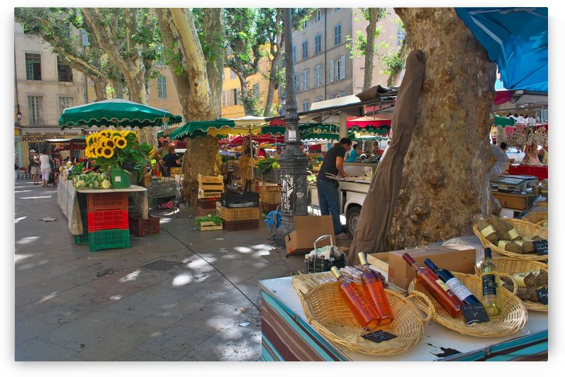Friday market by Douglas Kay